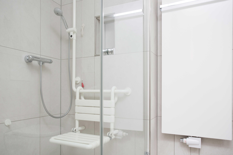 Urologische Klinik Planegg   München PATIENTENBÄDER UND GÄSTE-WCS