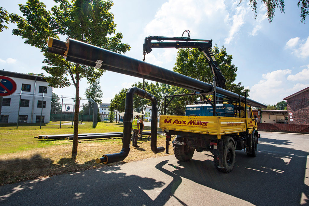 Pipeline construction for Unimog