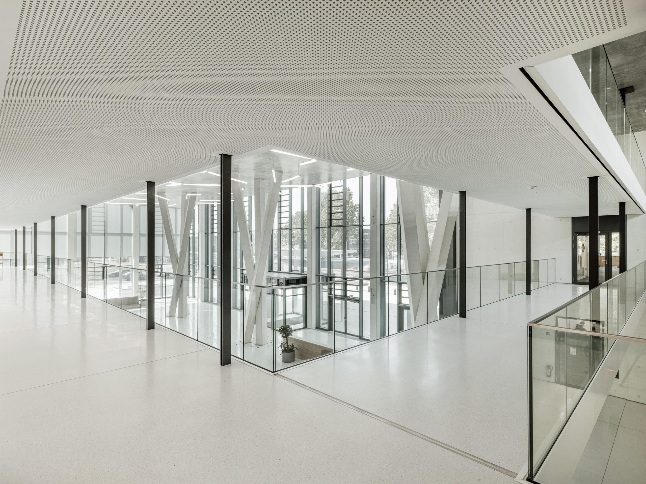 Foyer im neuen Headquarter der HeidelbergCement AG.